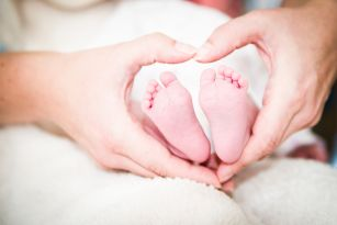 Shooting Newborn by Lars Kräwinkel Photography